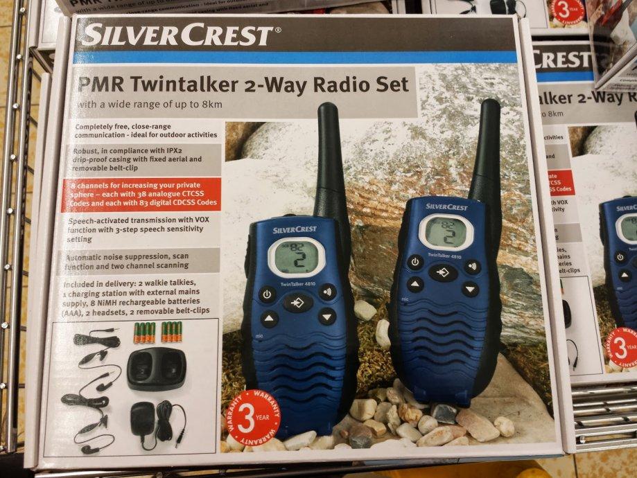 Talkie walkie (toki voki), 2 komada sa svom opremom, NOVO, dostava
