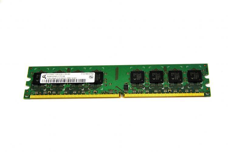 1GB QImonda HYS64T128020EU-3S PC2-5300 667mhz DDR2 DIMM