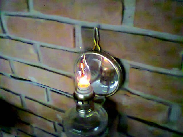 Dekorativna Petrolejka na 220V,,, pravi plamen fitilja,,,,