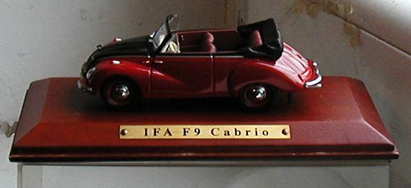 Model autića IFA F9 Cabrio