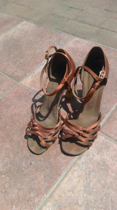 Plesne cipele RONDO 39 br  visina pete 8 5 cm