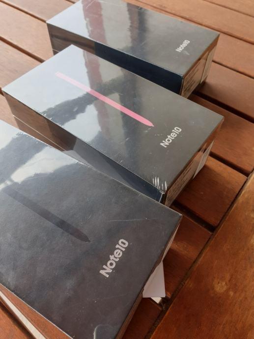 SAMSUNG GALAXY NOTE 10 SVE BOJE DS 256GB JAMSTVO 24 MJ..DOSTUPNO ODMAH