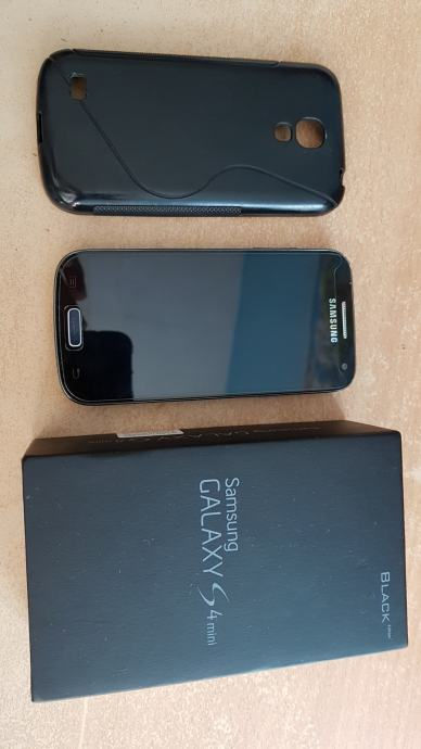 Samsug Galaxy S4-mini Black Edition