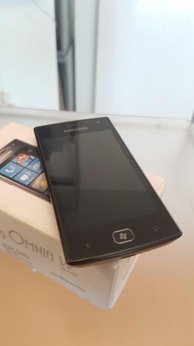 SAmsung Omnia W  Windows Phone