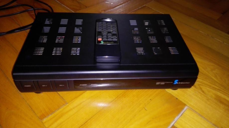 Strong stereo satellite receiver SRT-220