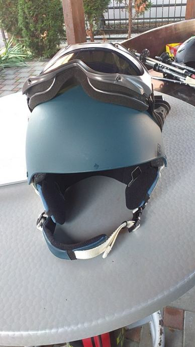 Ski kaciga salomon + naočale