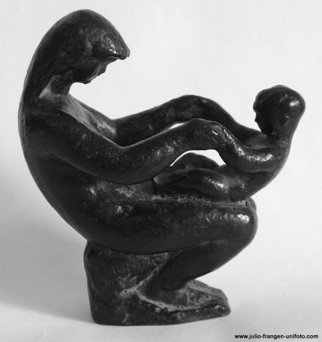 Frano Krsinic Skulptura Majka I Dijete