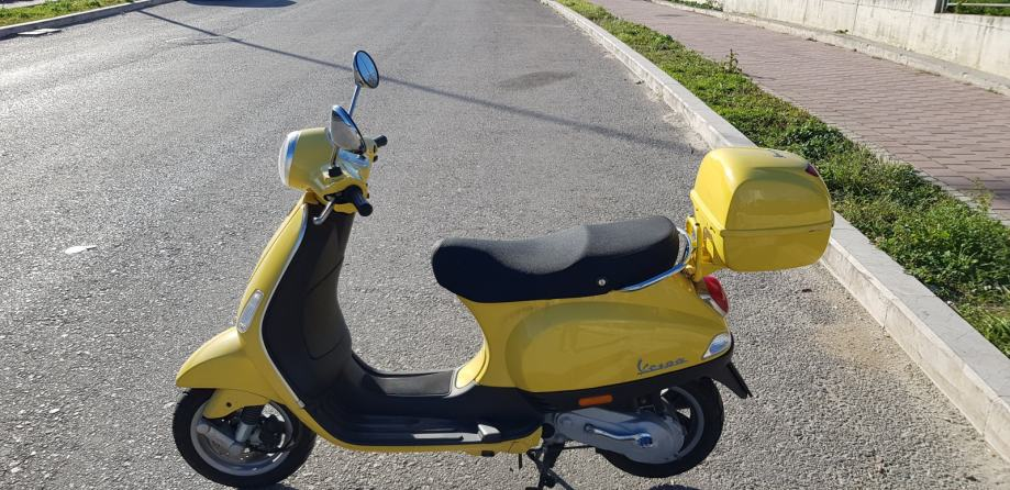 Piaggio Vespa LX 50, 2008 god.