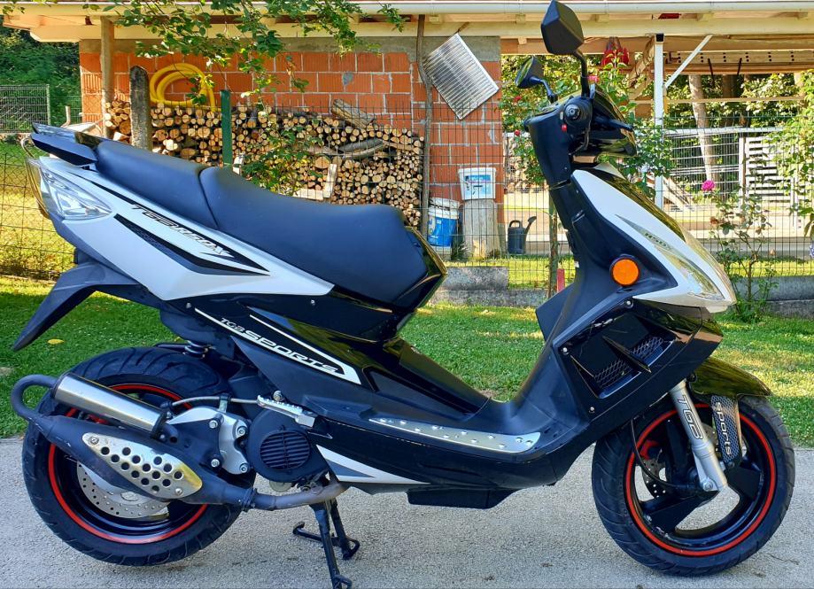 TGB R50X 50 cm3, 2011 god.