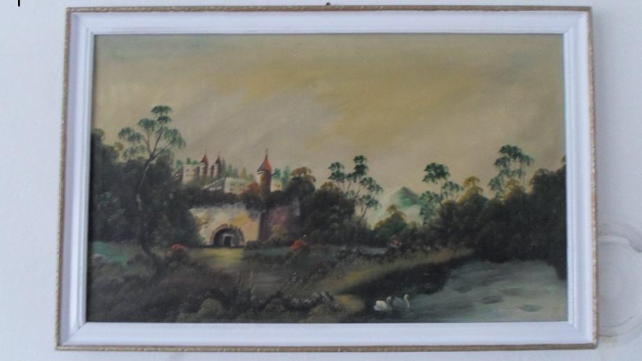 Umjetnička slika starog grada,izrađenoj u ulju,65X40 cm.