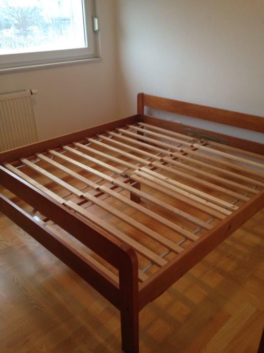Drveni krevet + madrac