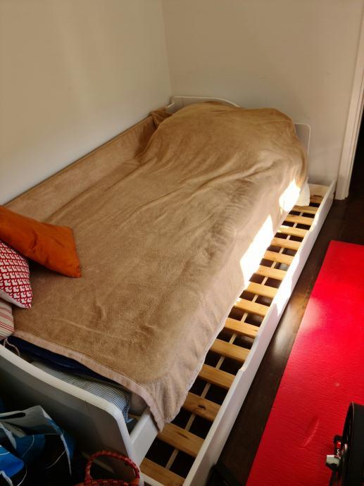 Krevet za jednu osobu s izvlačnom ladicom i madrac gratis
