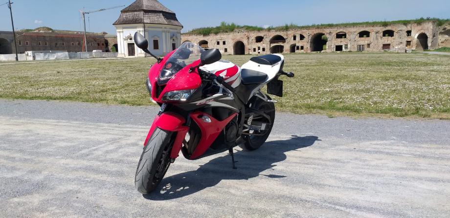 Honda Cbr600rr 600 cm3, 2008 god.