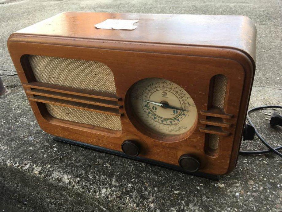 Stari radio KOSMAJ 1949 - ISPRAVAN