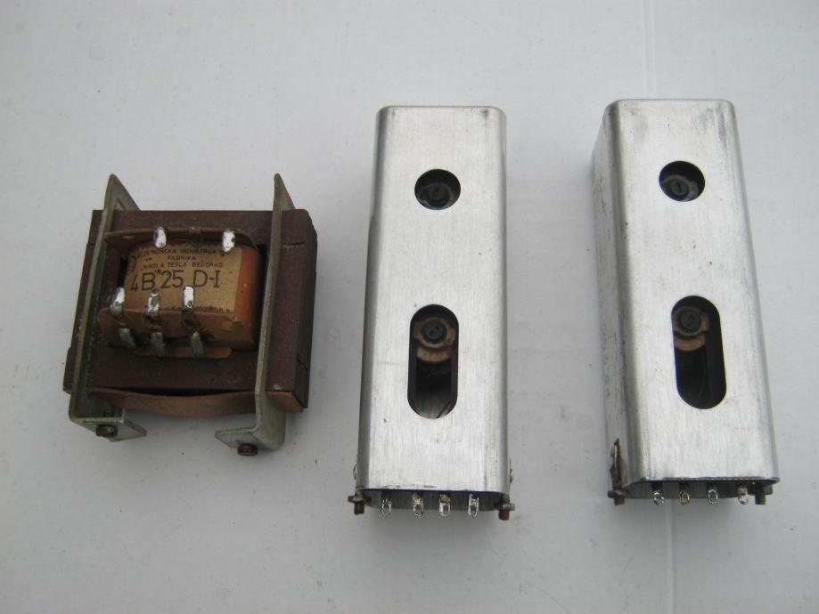 STARI RADIO LAMPAŠ  RR240 (OSIJEK)