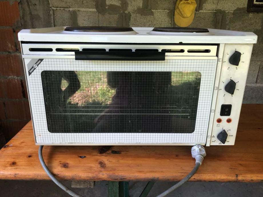 Mini štednjak-potpuno očuvan sa 2 strujna ringa i pećnicom