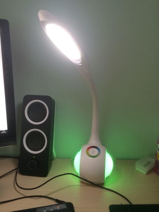 Stolna lampa LED  Novo!!