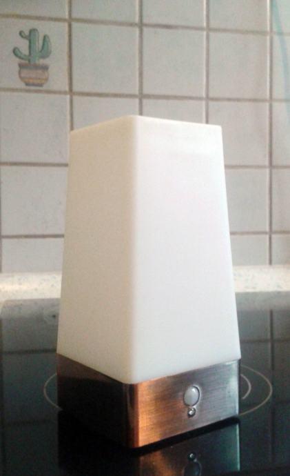 wireless lampa ''Auraglow'' (s opcijom automatskog moda)