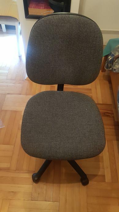 Radni stolac
