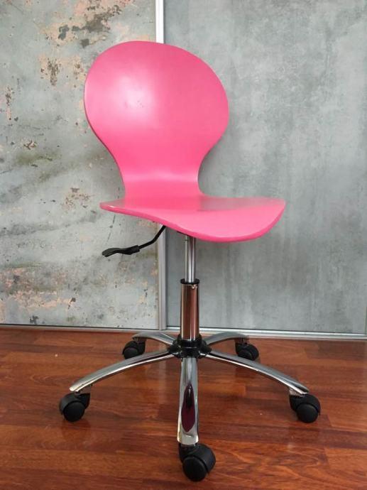 Stolica drvena roza