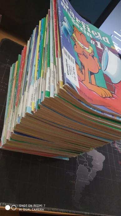 Garfield stripovi - 53 komada