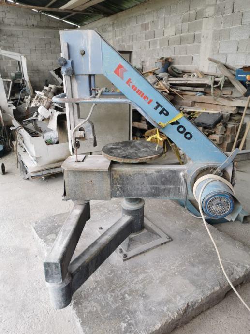 Stroj za krivolinisko rezanje granita i mramora