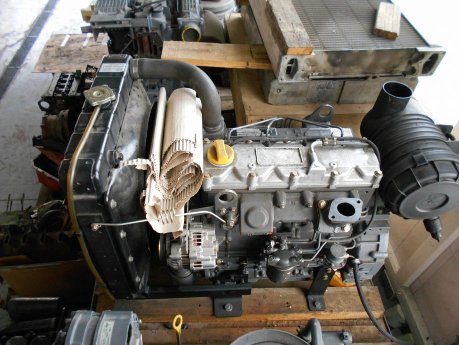 Motor DEUTZ Generalno uređeni D2009L04