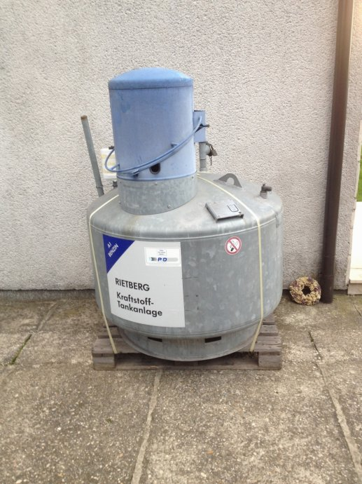Propan 2 spremnik za gorivo