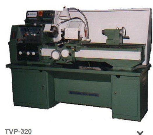 Tokarski stroj TVP-320 PRVOMAJSKA