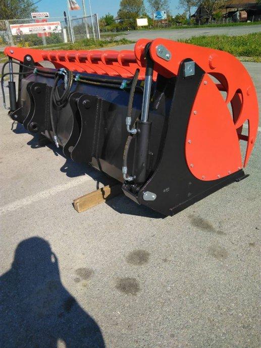 Korpa krokodilka za traktor, telehandler, za stajnjak