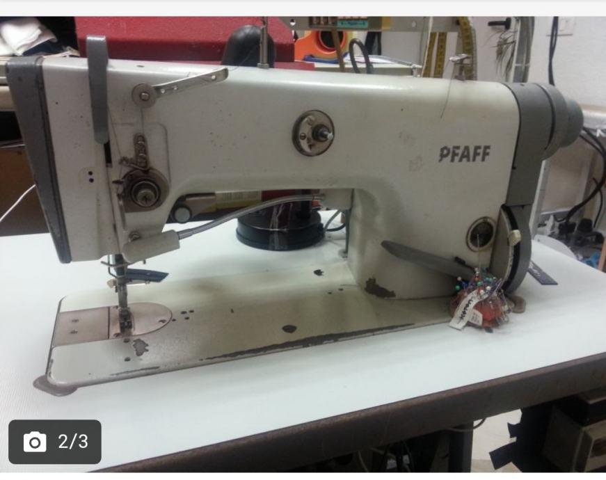 Pfaff industrijski šivaći stroj
