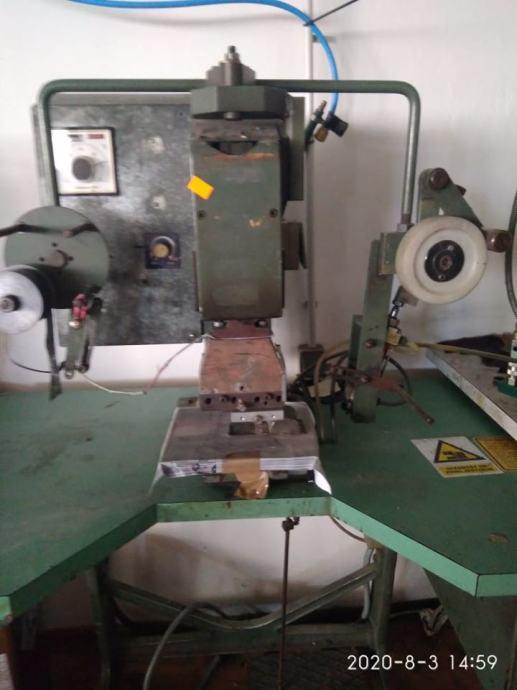 stroj za žigosanje  u proizvodnji obuće