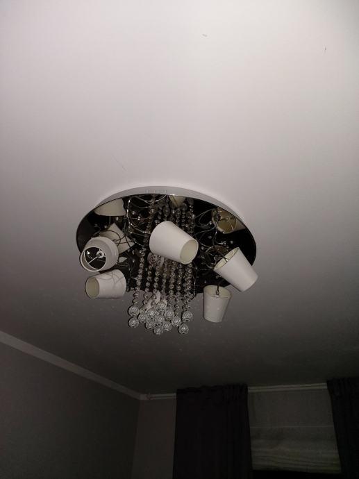 Stropna led lampa