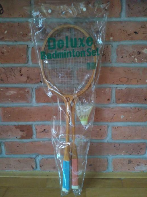 Stari drveni reketi za badminton