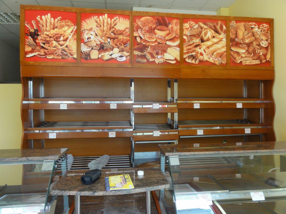 Topla trodjelna pekarska vitrina + stalaža za kruh + nadogradnja