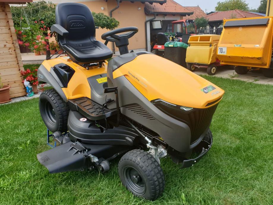 Traktor kosilica Stiga Tornado Pro 9118 XWS 4x4 - MOGUĆNOST DOSTAVE