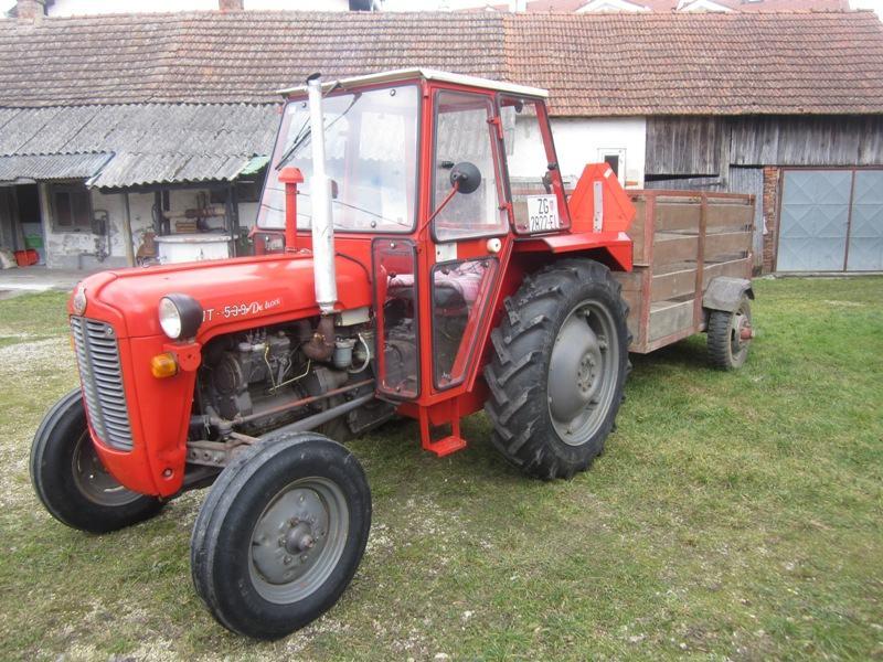 Traktor ferguson imt