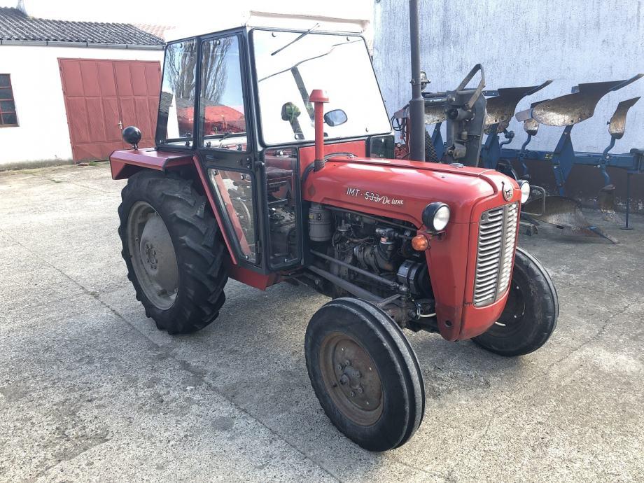 Traktor IMT 533 DELUXE