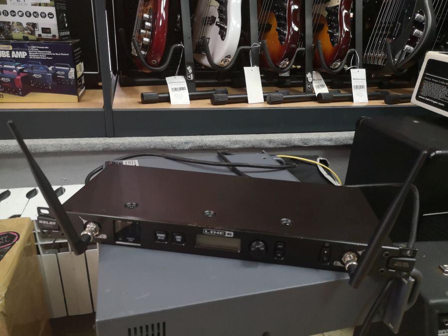 Line6 Relay G90 wireless system
