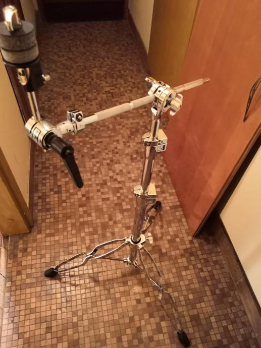 DW 9700 stalak