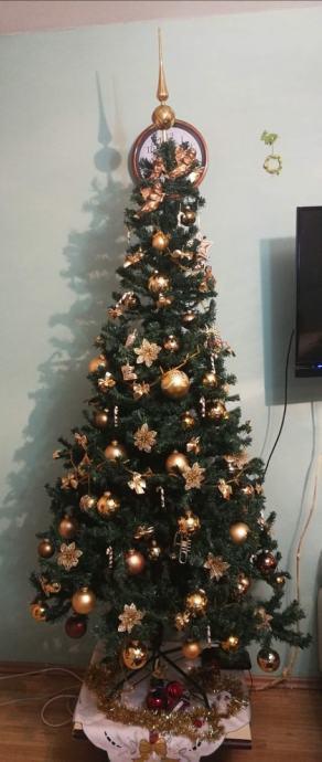 Božićno drvce/ umjetni bor