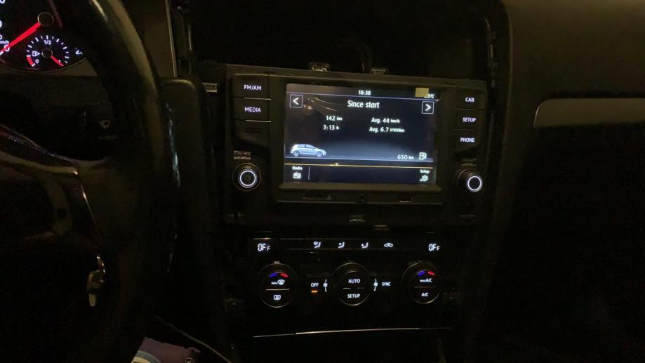 NOVO - RCD330 plus - Golf 7 i Passat B8 multimedia radio