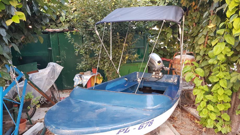 Prodaje se vanbrodski motor HONDA BF 20 D i gliser/čamac