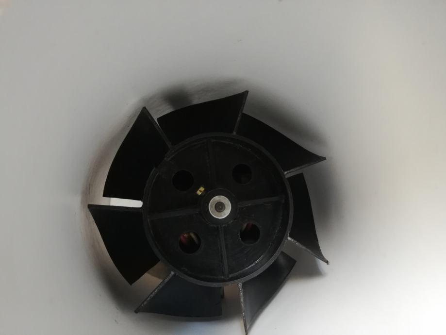 Ventilator u plastičnoj cijevi - može i u zid - fi 11,5 cm