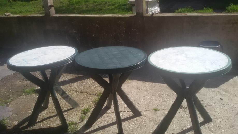 plasticni stolovi za dvoriste,100kn,Zagreb
