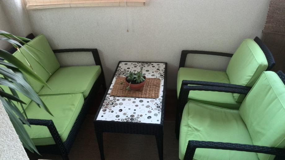 Pleteni vrtni namještaj LaCultura, 2-sjed, 2x fotelja, stol
