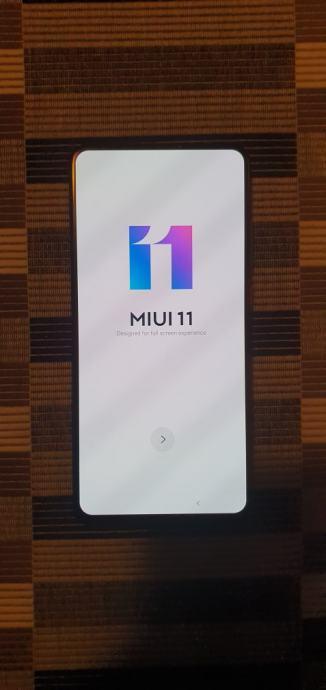 Xiaomi Mi 9T 6/64 GB Crni