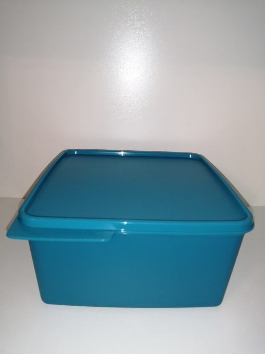 Tupperware spremnik Basic 2,5 l