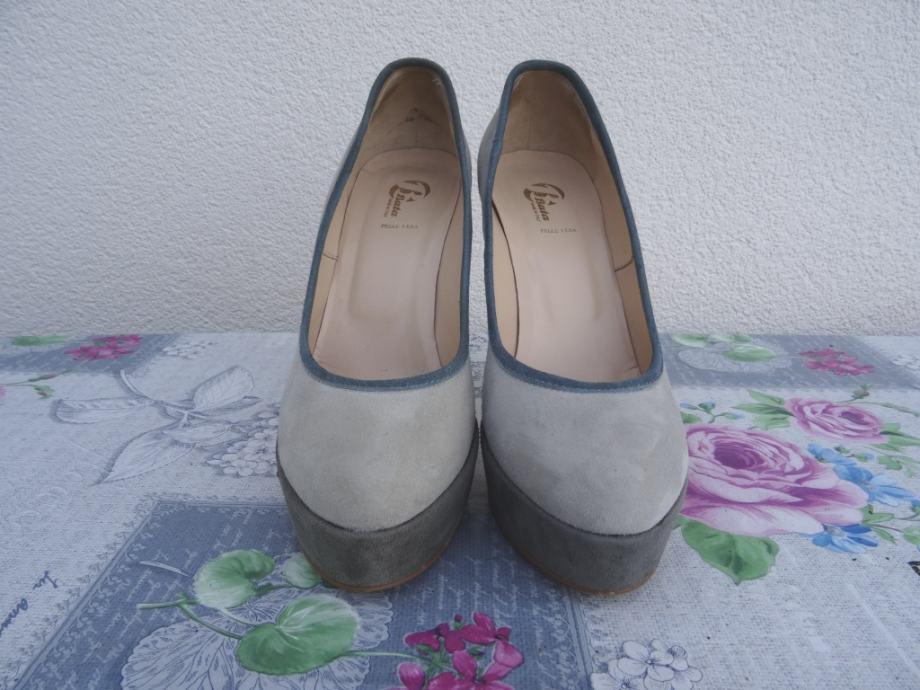 Bata kožne cipele na petu