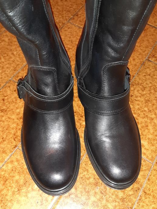 Čizme kožne ženske crne visoke br.37